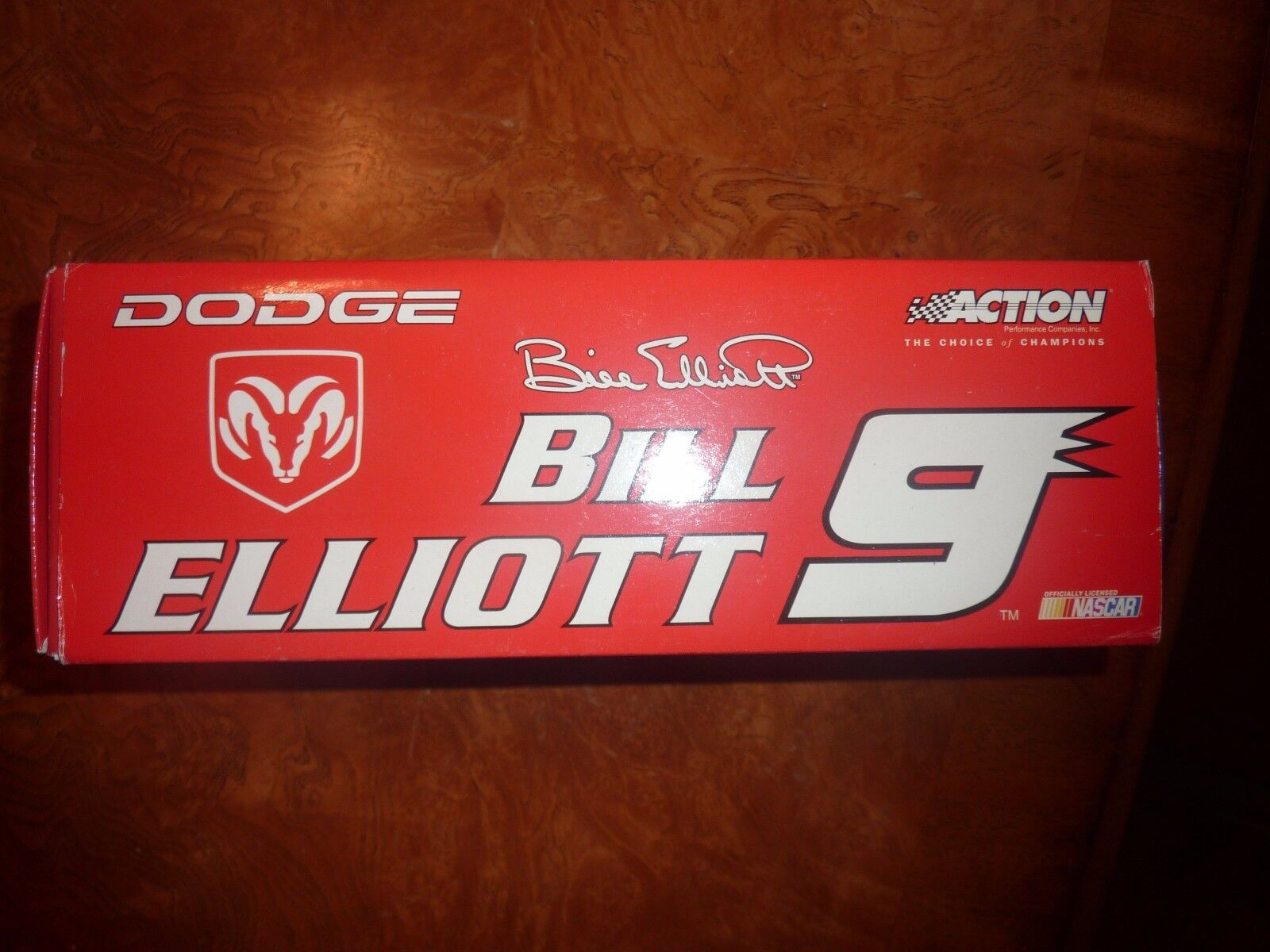 BILL ELLIOTT 2000 and 20010 action car lot.clear windows