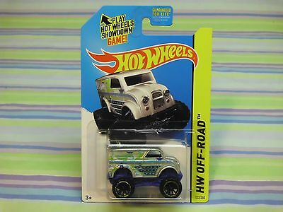 2014 hot wheels monster dairy delivery
