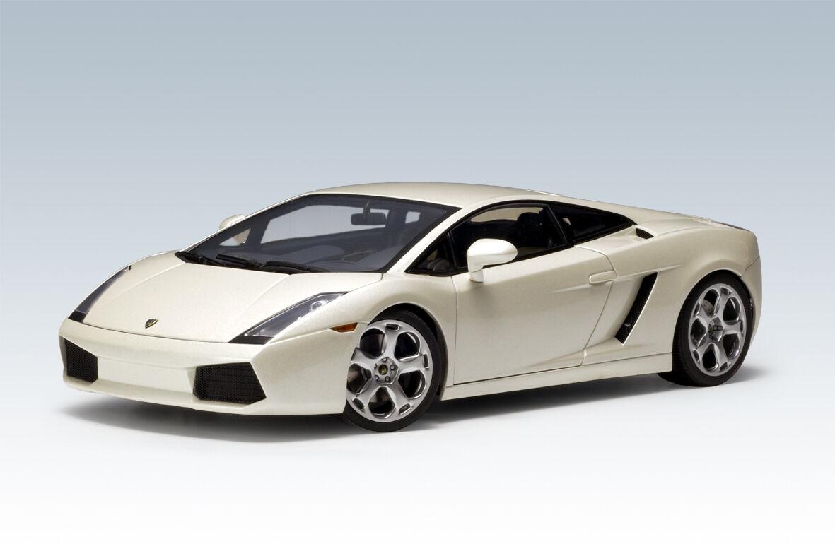 liquidación hasta el 70% Lamborghini Lamborghini Lamborghini Gallardo Ballon Blanco Autoart Escala th Nuevo En Caja Descontinuado  promociones