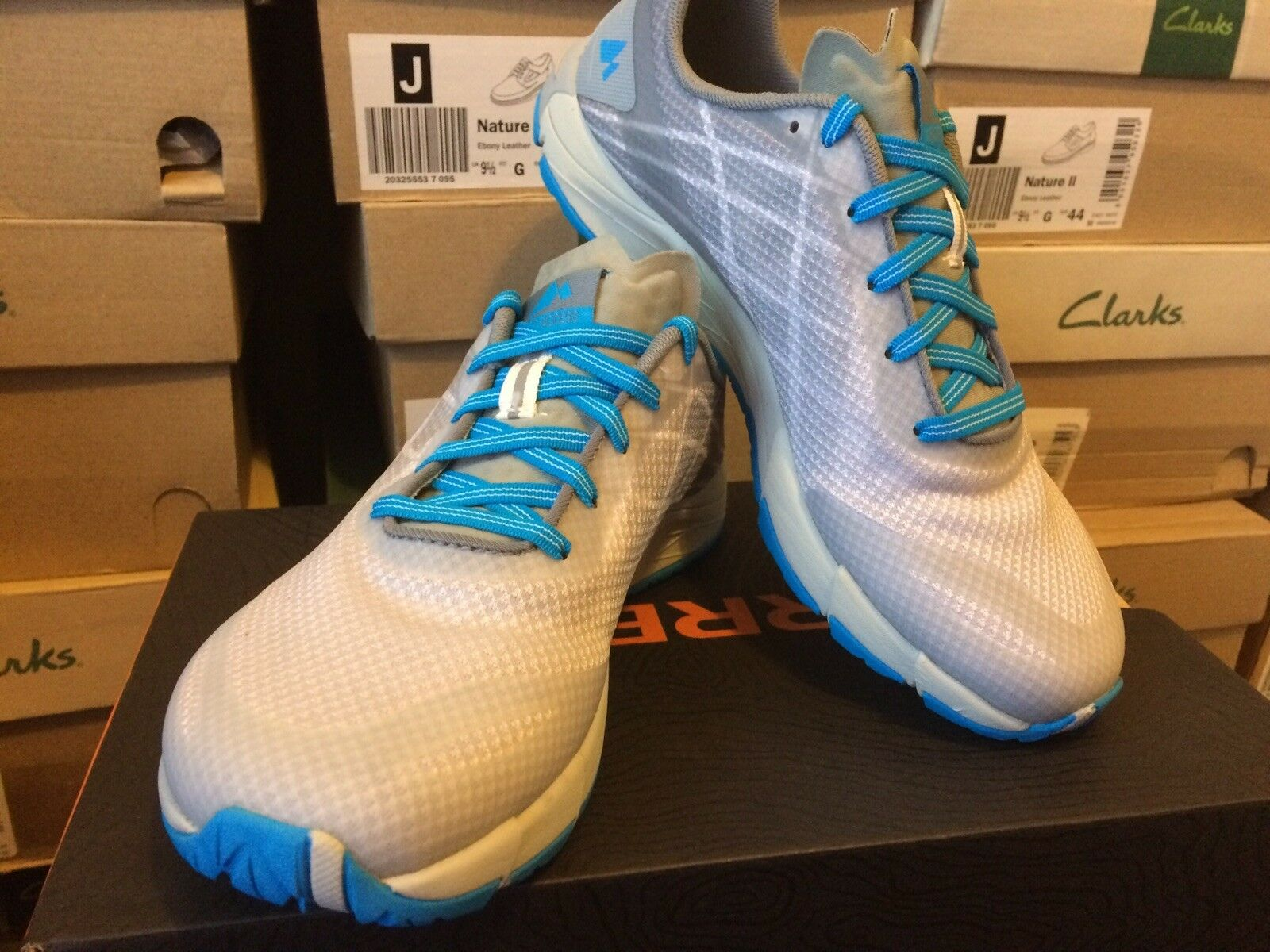 Merrell Bare Access Flex Femme Blanc (Ice) Chaussures De Course Taille UK 3,5. RRP £ 80.