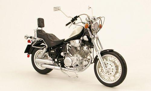 MOTO SCHUCO 1 10 IN METALLO E PLASTICA  YAMAHA  VIRAGO XV 1100  ART 06660  sortie d'usine