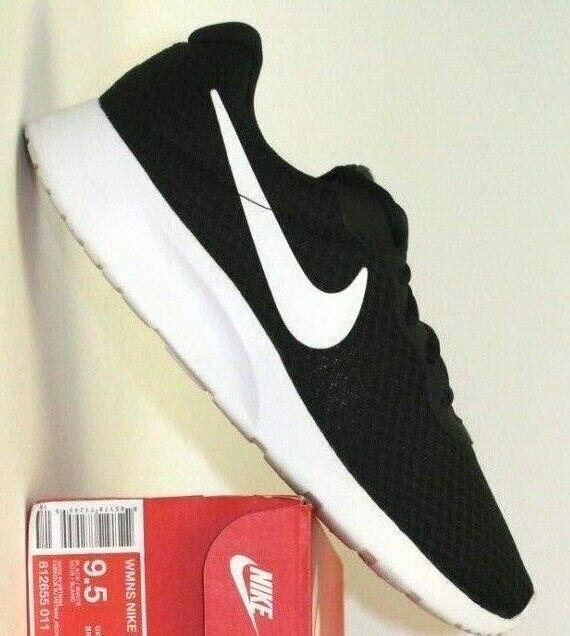 Women's Nike Tanjun - size  9.5     (812655-011) f27690