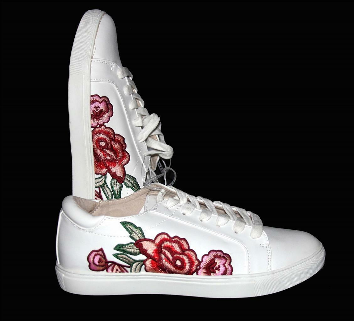 Kenneth Cole JOEY White Embroidered Shabby pinks Flowers Sneakers shoes WMS NWT