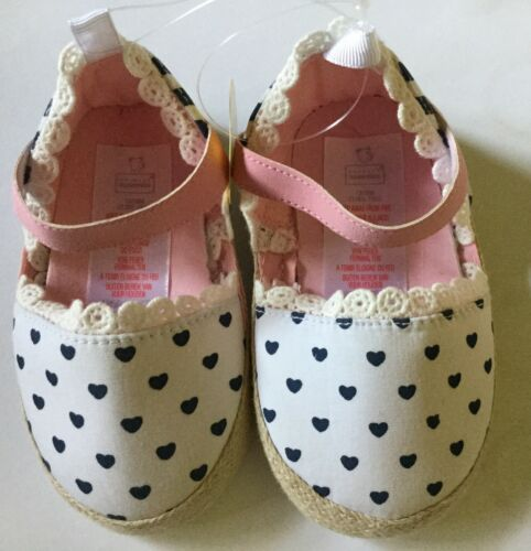 Baby Girl Pram White Shoes with Navy Hearts detail sizes 9-12 /& 12-18 months