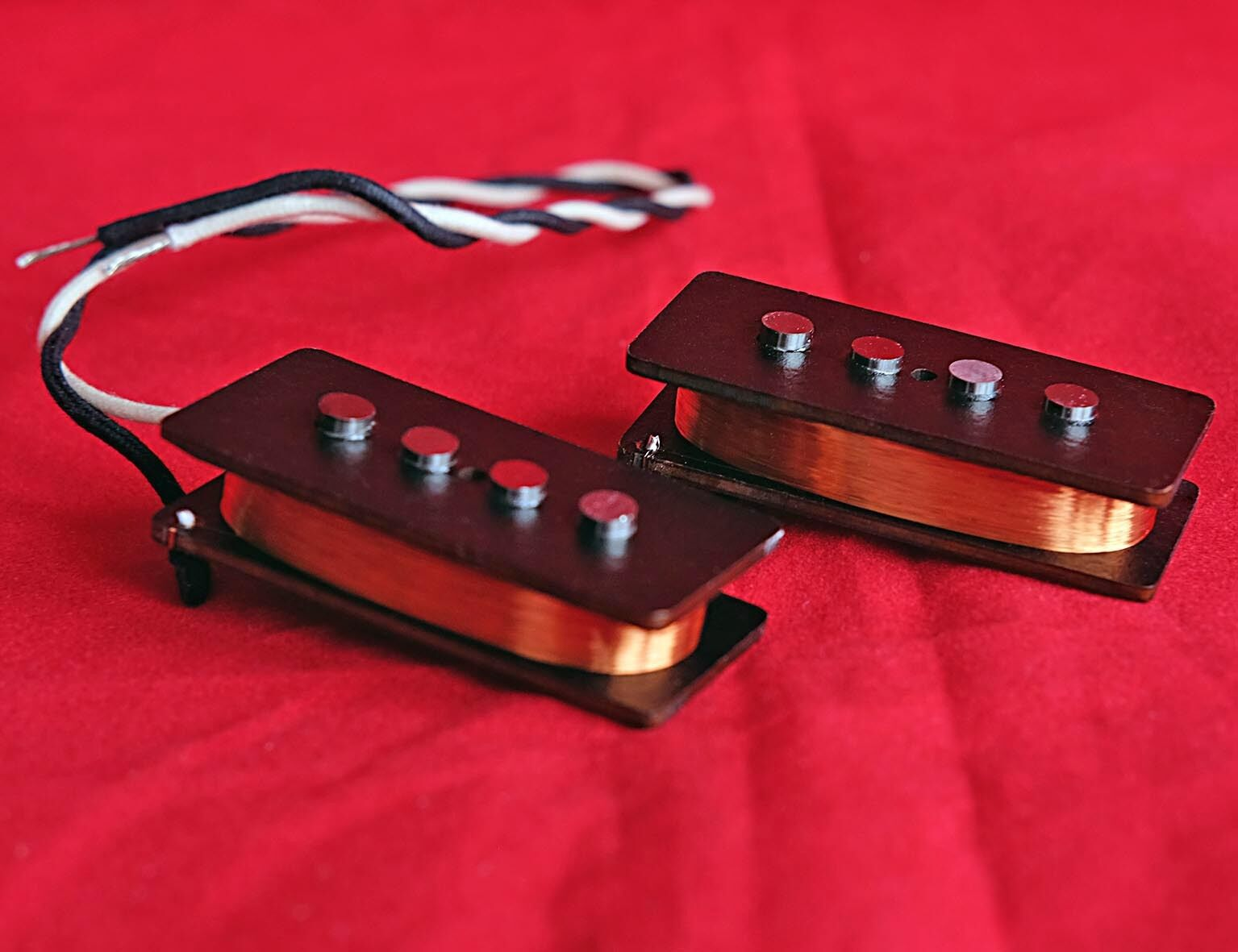 Bloodstone Handwound Precision Bass Alnico 5 Pickup