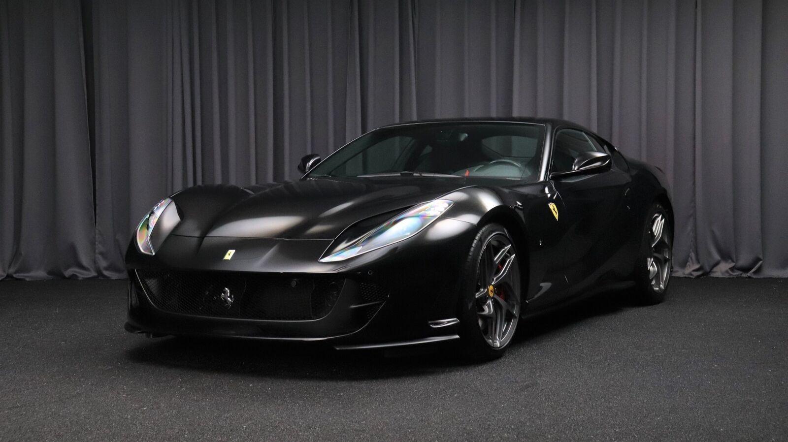 Ferrari 812 Superfast 6,5 DCT 2d - 2.013.454 kr.