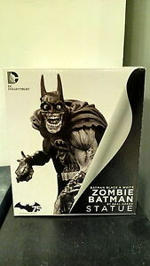 BATMAN-BLACK-amp-WHITE-STATUE-ZOMBIE-NEAL-ADAMS-DC-COLLECTIBLES-DIRECT-SUPERMAN