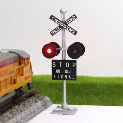 JTD876RP 1 Stk.Ampeln Überfahrt Signale 4 Köpfe LEDs+Blinken Schaltung Tafel H0