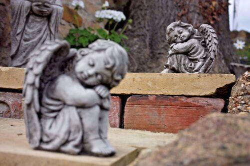 NEW Pair of Sleeping Angels,Boy /& Girl,Concrete stone Small Angel cherubs.Garden