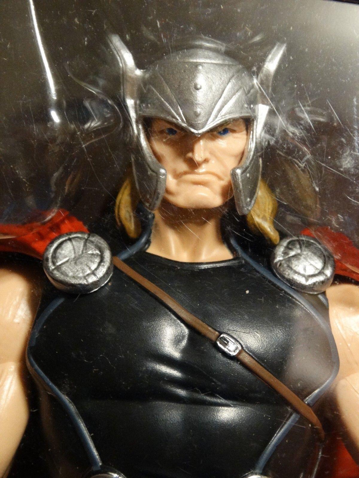 Marvel Legends MODERN THOR -- MIP -- w  ODIN LEG BAF part    Allfather Avengers