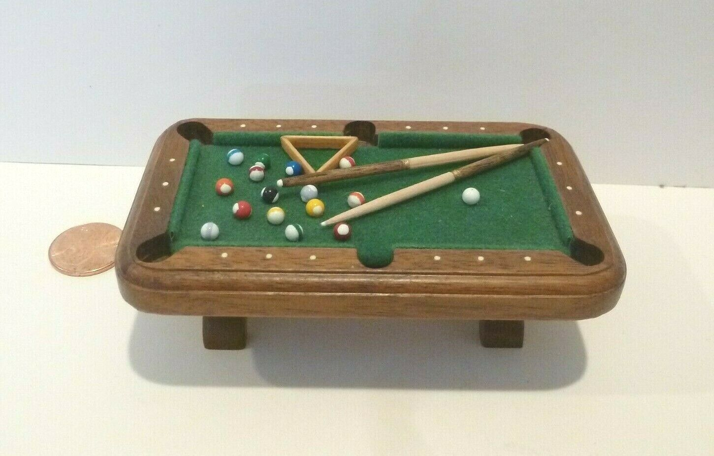 damen & JIM JOHNSON HANDMADE 1 2  SCALE MINIATURE POOL TABLE SIGNED DATED 1992