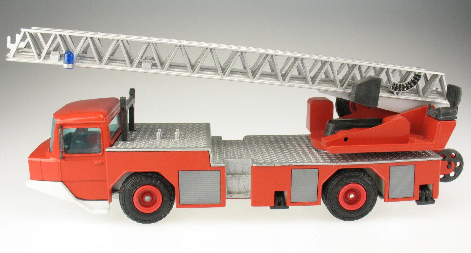 Schuco 3546-IVECO-MAGIRUS DEUTZ DL 23-12 pompiers Drehleiter - 1 43