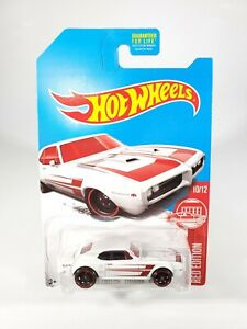 Hot-Wheels-Red-Edition-039-67-Pontiac-Firebird-400-10-12-Target-Exclusive-NEW