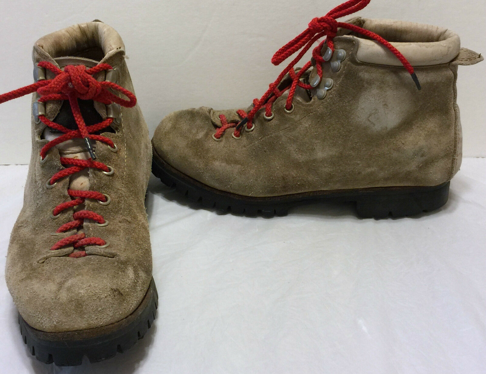 Vasque Moutaineering Ankle Hiking Trail Boots Size 7 M Brown Vibram Soles