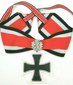 Ritterkreuz-des-Eisernen-Kreuzes-und-Eichenlaub-1957er-am-Band