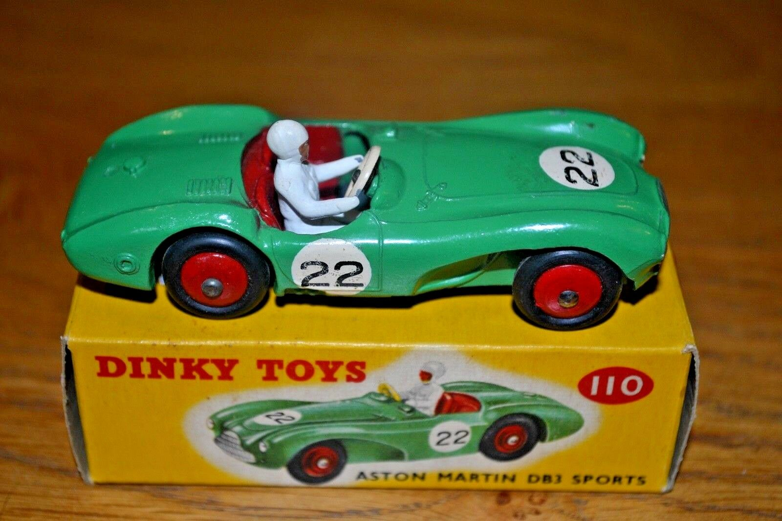 Dinky Toys No. 110 Aston Martin DB3 Sports Car; Original Correct Colour Box