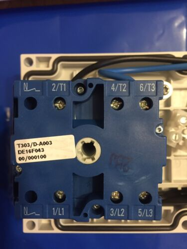 MENNEKES PANEL MOUNTED SWITCHED INTERLOCKED Type 7521 IP67 16A 200-250V