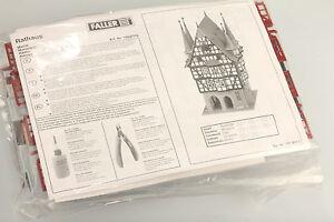 FALLER-H0-190377-2-Maison-a-ossature-bois-Hotel-de-Ville-schrankfund