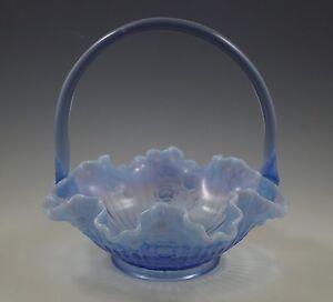 VINTAGE-FENTON-GLASS-BRIDE-BASKET-LAVENDER-BLUE-OPALESCENT-CABBAGE-ROSE-RARE