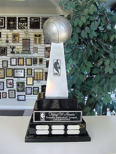 3 TIER LARGE FANTASY BASKETBALL PERPETUAL AWARD TROPHY 38 YEARS LOMBARDI COOL!