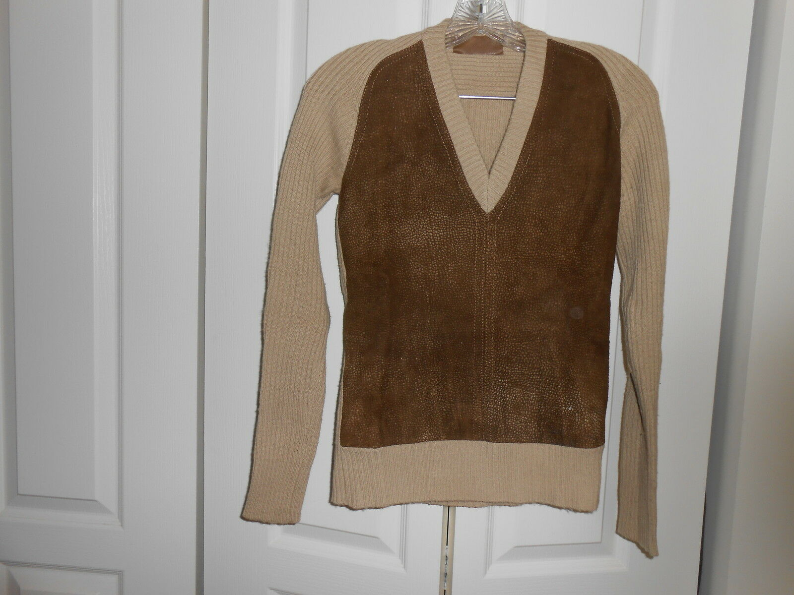 Daim Laine Pull -- made in  -- 42