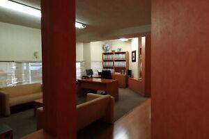 conjunto de 3 oficinas en plaza Villa Asuncion amueblada Venta o Renta