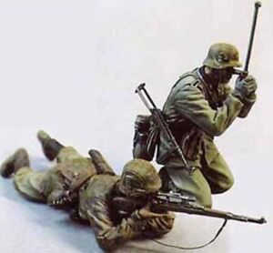 1-35-Resin-WWII-German-Soldiers-in-Action-Unpainted-Unassembled-QJ067