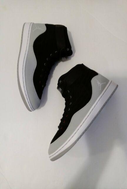 black jordan 23 shoes