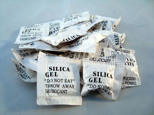 100 x 1g silica gel beutel trockenmittel uw geh use kieselgel regenerierbar ebay. Black Bedroom Furniture Sets. Home Design Ideas