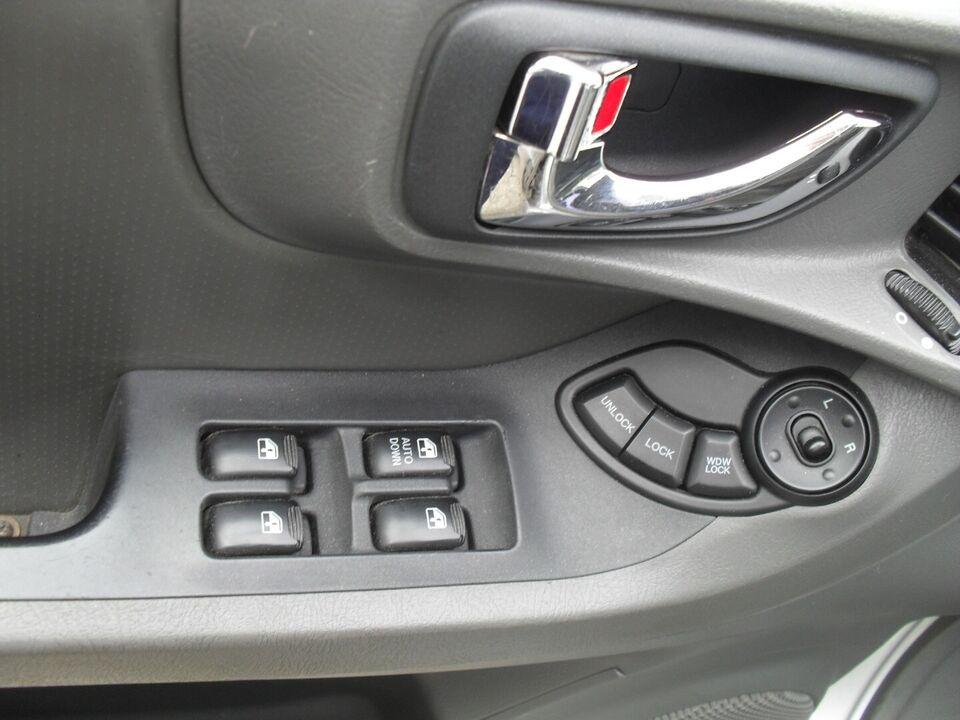 Hyundai Santa Fe 2,0 CRDi 4x4 Diesel modelår 2002 Sølvmetal