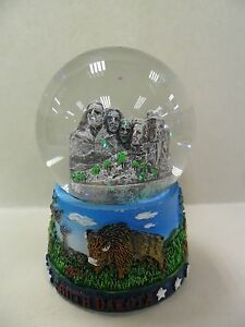 Mount-Rushmore-Waterball-New-In-Box-2-5in