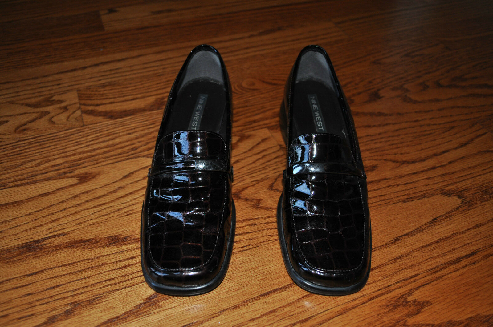 Womens NINE WEST Brown Leather shoes Heels Size 7 M MADE IN BRAZIL