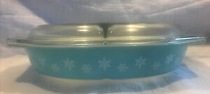 Pyrex Snowflake Divided Casserole Dish - Vintage Turquoise Teal 1.5 Quart EVC