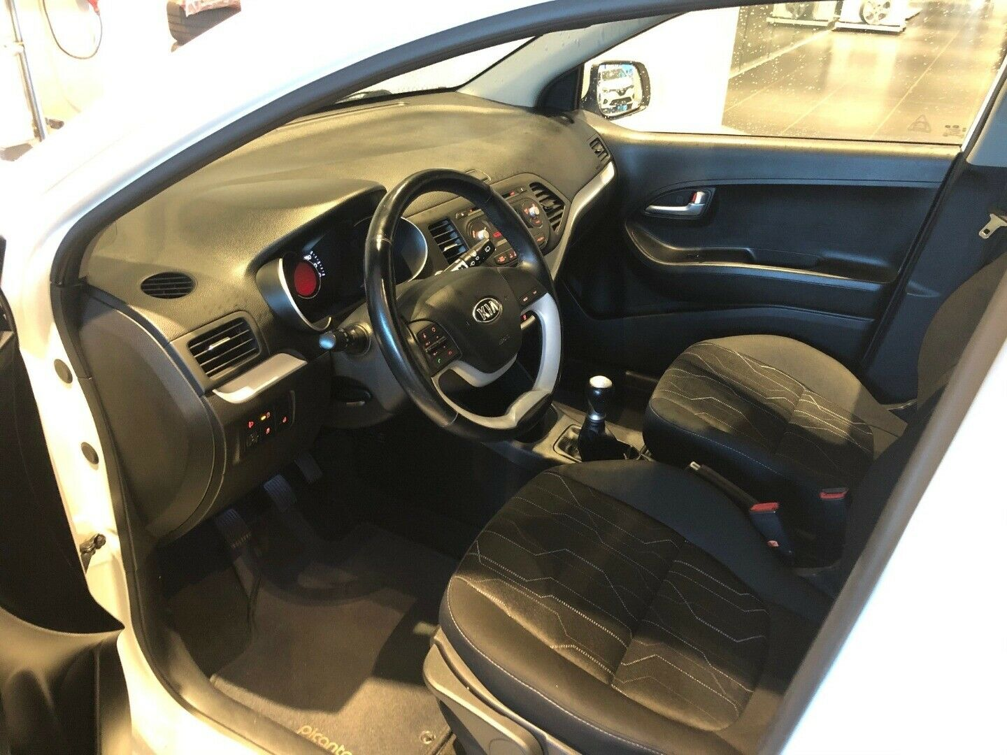 Kia Picanto 1,0 Collection Sport - billede 2