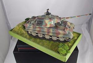 RAR-Kellerfund-Panzer-VI-Tiger-2-Koenigstiger-Diorama-sehr-gut