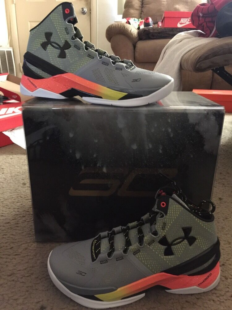 UA CURRY 2 IRON SHARPENS SE (with Limited Special Edition Box) Sz 9.5