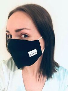 Handmade-organic-cotton-face-mask-black-with-a-replaceable-PM2-5-filter
