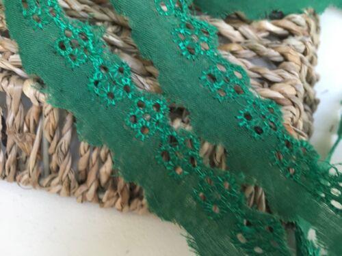 """* Nuevo bonita 22MM//7//8/"""" verde esmeralda en encaje inglés ajuste del cordón plano de algodón"""