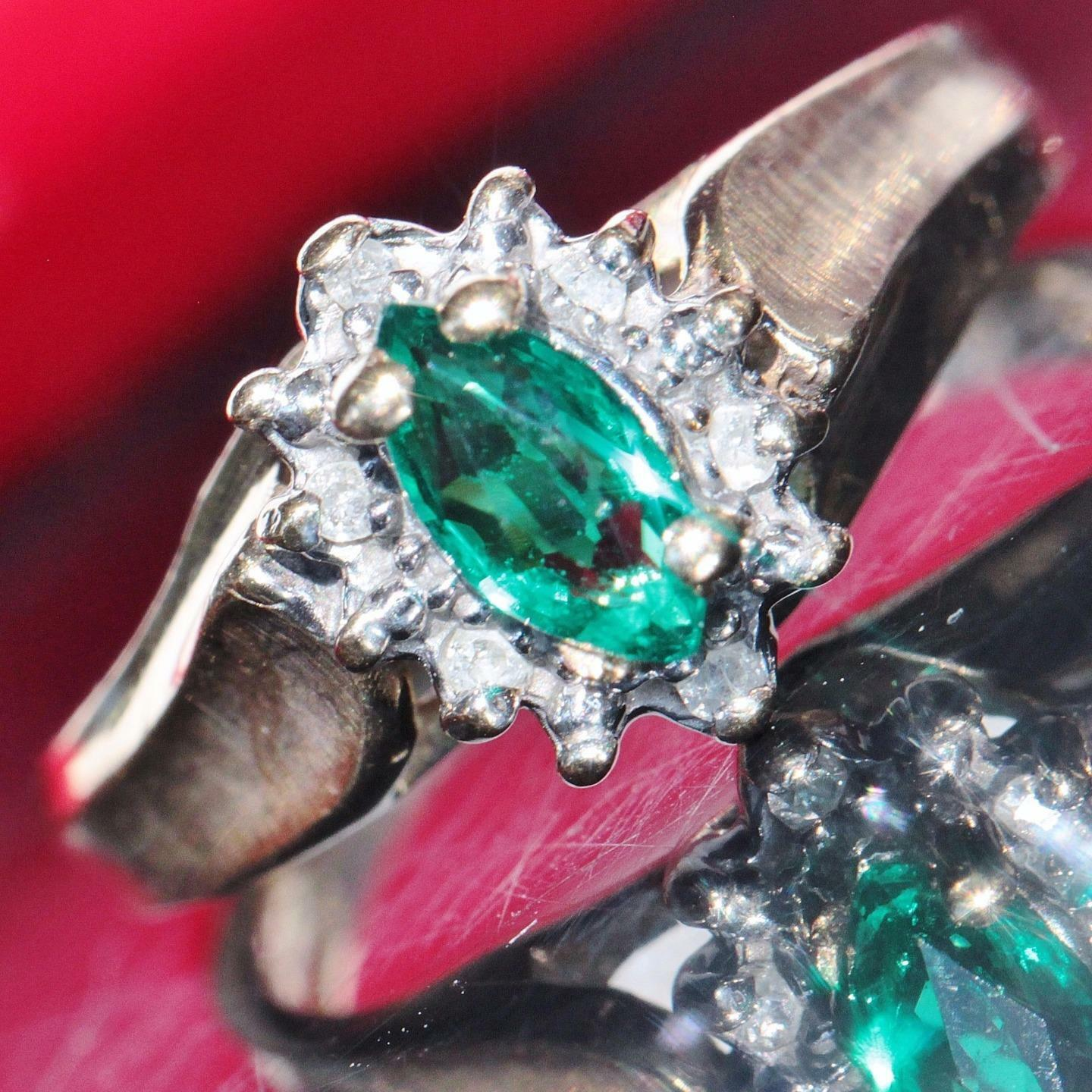 10k yellow gold ring 0.30ct Colombian emerald diamond size 4 vintage 2.1g N2386A
