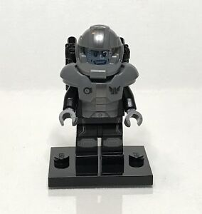 """Complete LEGO Collectible Minifigure #71008 Series 13 /""""GALAXY TROOPER/"""""""