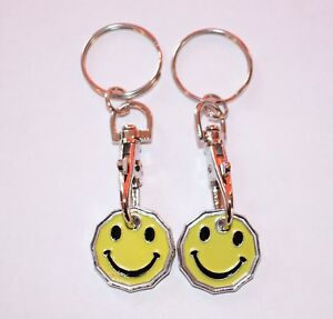 2 PACK SMILEY FACE ONE POUND COIN TOKEN KEYRING SHOPPING TROLLEY KEYRING