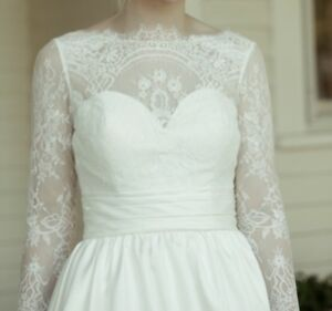 Details About Long Sleeved Wedding Dress Veil Included Size 2 4