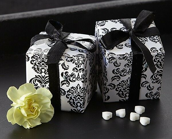 24 Classic Damask Black And White Wedding Favor Boxes
