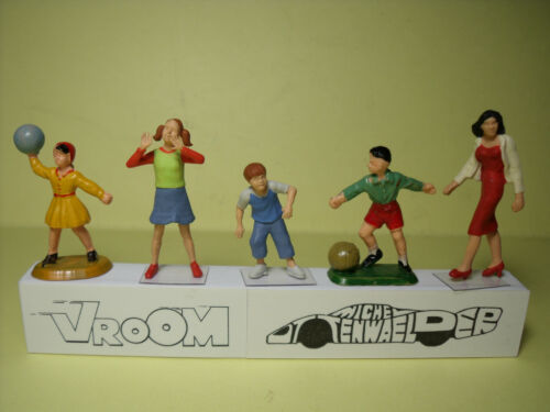 5  FIGURINES  1//43  SET 279  LES  ENFANTS  VROOM  UNPAINTED  FIGURES  NO SPARK