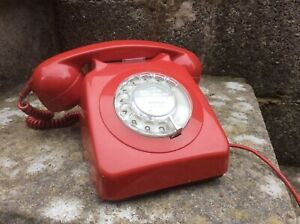 VINTAGE-GPO-RED-TELEPHONE