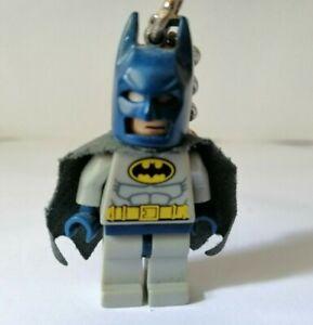 Lego-DC-COMICS-SUPER-HEROES-BATMAN-MINIFIGURA-LLAVERO