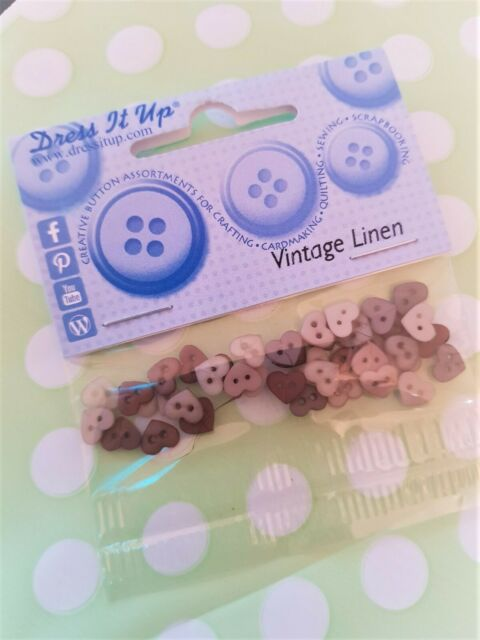 DRESS IT UP BUTTONS 12 PIECES CRAFTS//CARDMAKING FRESH SNOW