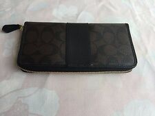 NWT Coach F54630 Signature Accordion Zip Around Wallet Brown/ Black MRSP $250