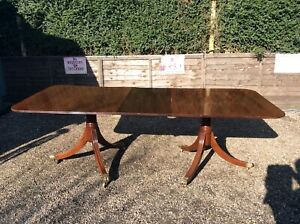 ANTIQUE-TWIN-PEDESTAL-MAHOGANY-LARGE-DINING-TABLE-WITH-LEAF-SEATS-10-PEOPLE