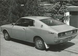 TOYOTA-Corona-Mark-II-2000-Coupe-Sportwagen-Auto-Fotografie-Pressefoto-Foto-2